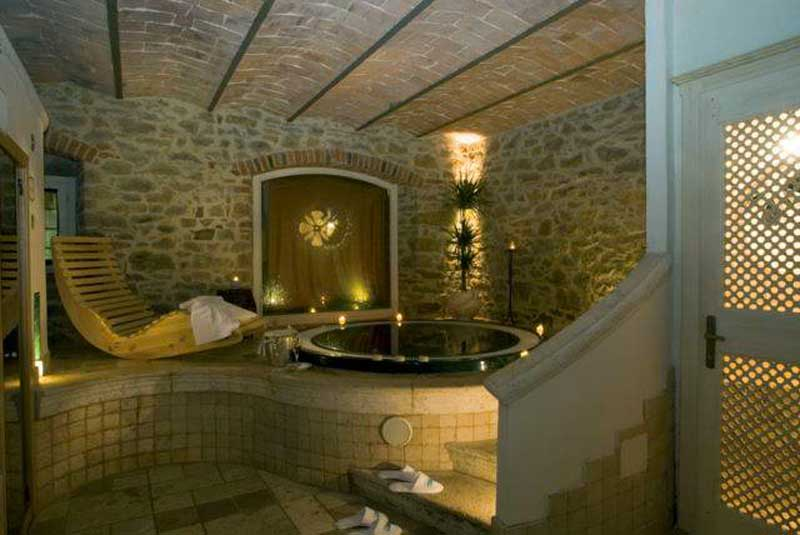 Vasca Da Bagno In Pietra : Bagni con pietra perfect idee bagno moderno con inserti in legno