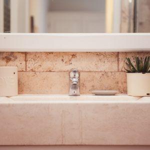 Bagno in pietra toscana naturale - Appartamento in affitto Grecò - GH Lazzerini Holidays, San Vincenzo, Toscana