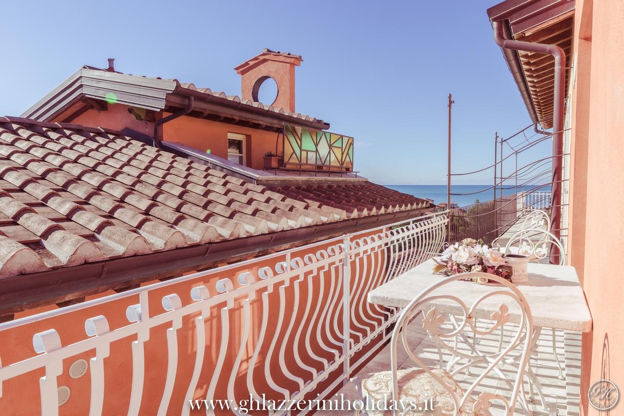 Terrazza sulla campagna toscana e sul mare - Appartamento di lusso Da Gama. GH Lazzerini Holidays