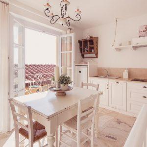 Cucina in legno massello, appartamento Cook - GH Lazzerini Holidays, San Vincenzo, Toscana