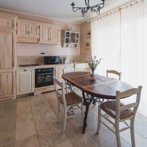 Cucina in legno massello - Appartamento Cousteau, GH Lazzerini Holidays Toscana