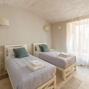 Camera da letto doppia, in stile classico, colori naturali - Villa Galatea, San Vincenzo - GH Lazzerini Holidays